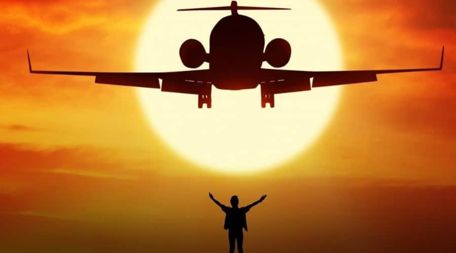 Avion coucher du soleil