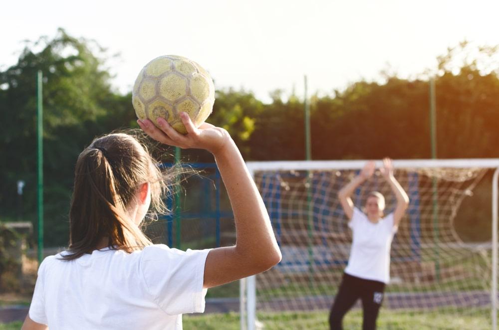 Pourquoi jouer au handball ?