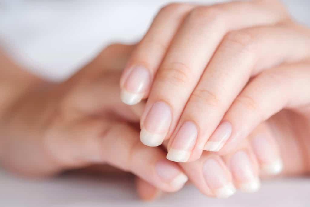 Comment avoir de beaux ongles résistants ?