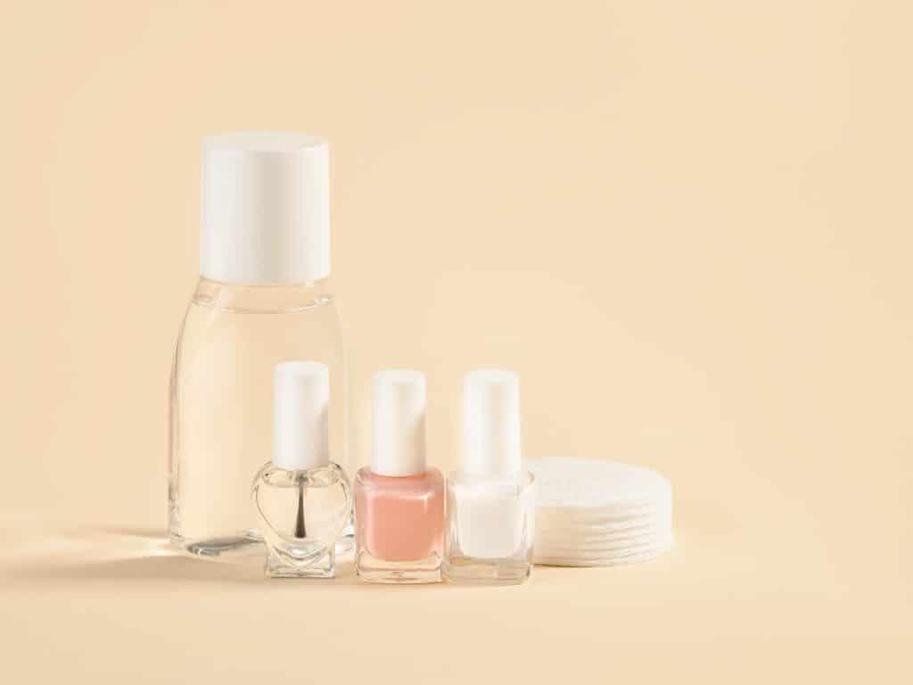 À quoi sert le cleaner pour les ongles ?